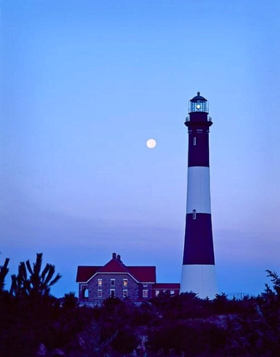 Lisa Mary Reilly photograph of Fire Island Lighthouse.